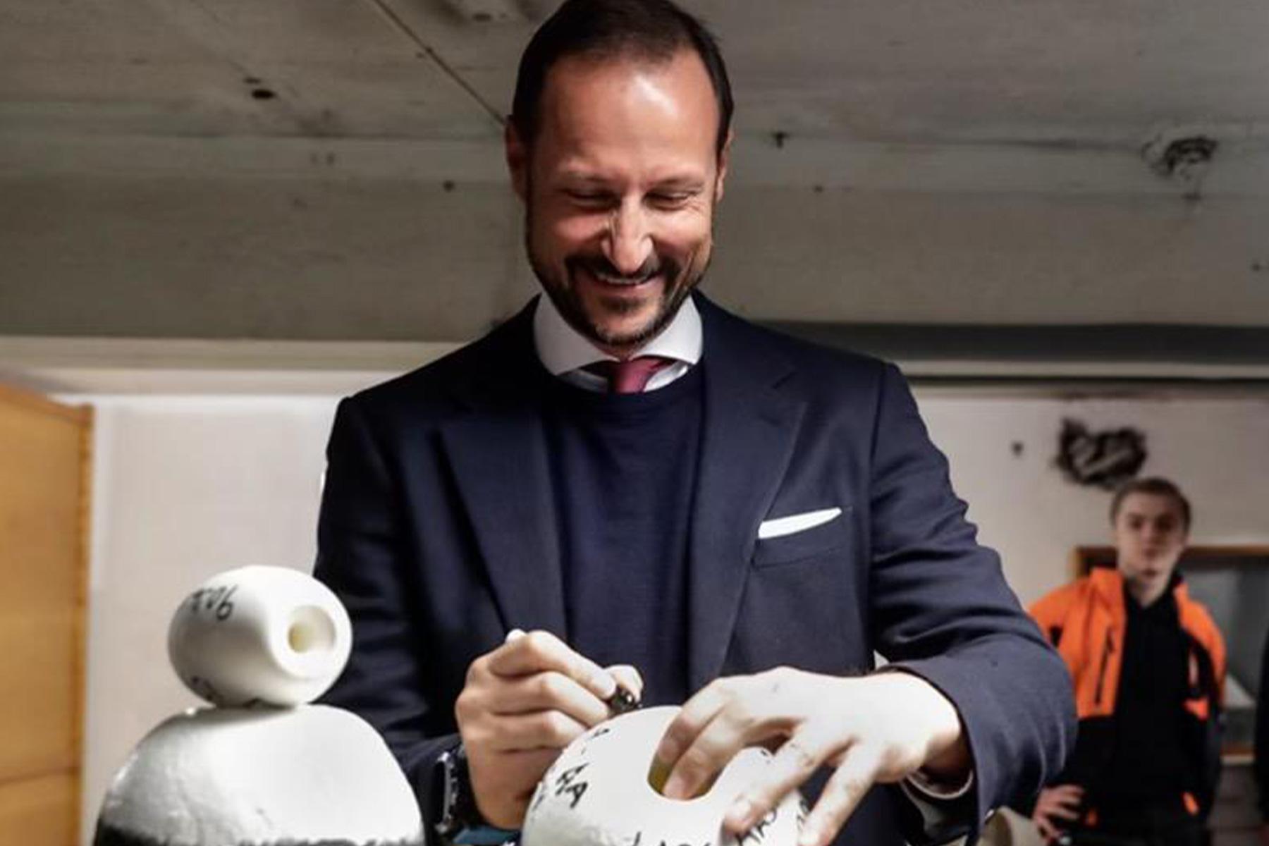 Torsdag 30.09.2021 tok Café Hanco i mot Kronprinsen